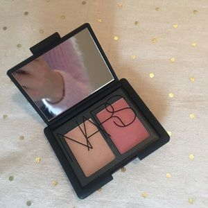 NARS blush duo mini in hot sand & orgasm